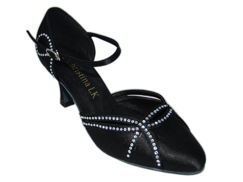 Elis Closed Toe Dance Shoes - Wide Width