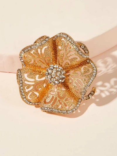 Rhinestone Engraved Hollow Flower Ring