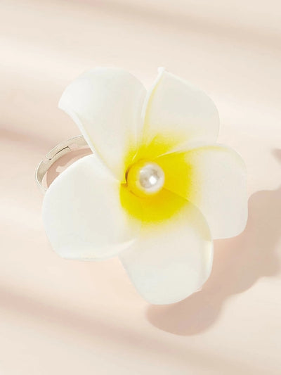Faux Pearl Decor Flower Ring