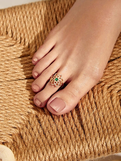 Lotus Decor Toe Ring