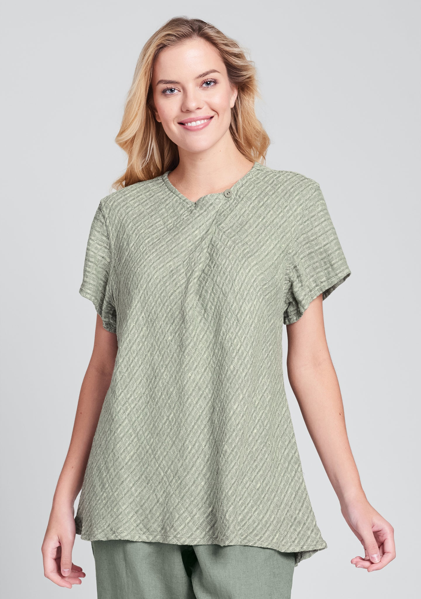 all day top linen shirt green