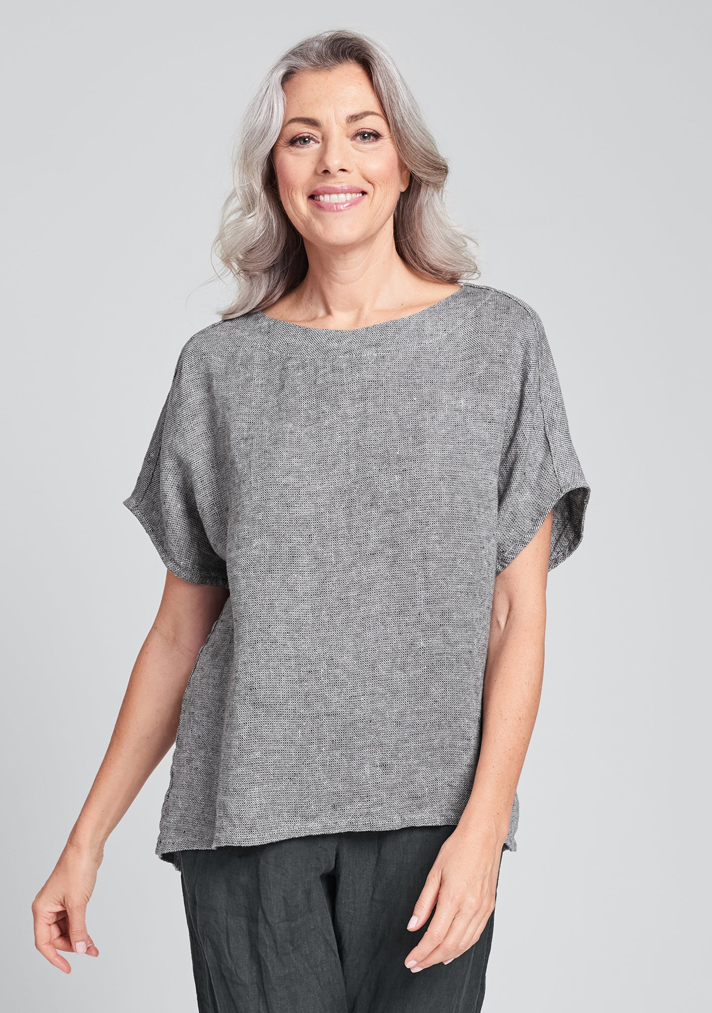 back slit tee linen t shirt black