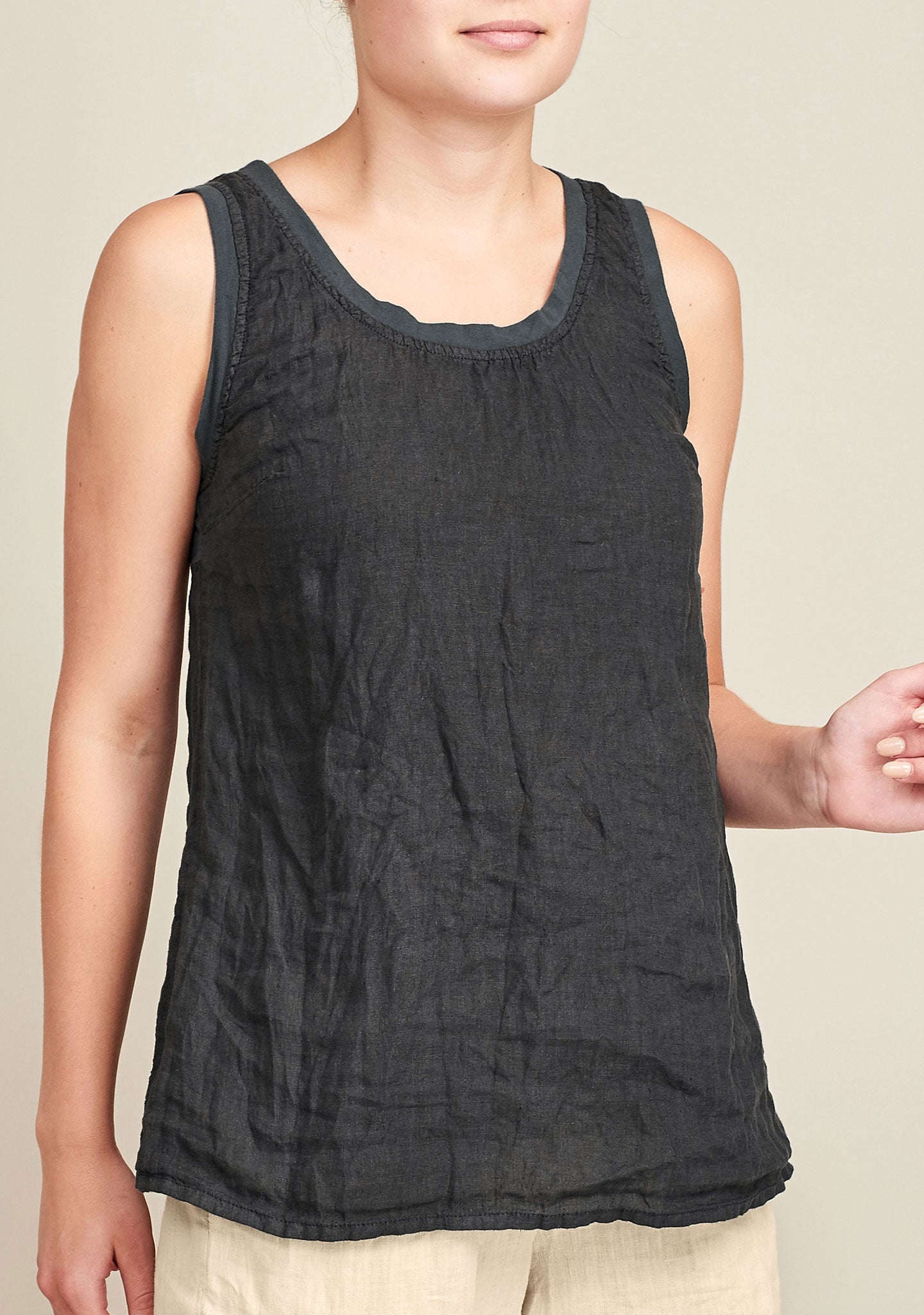 borough tank black