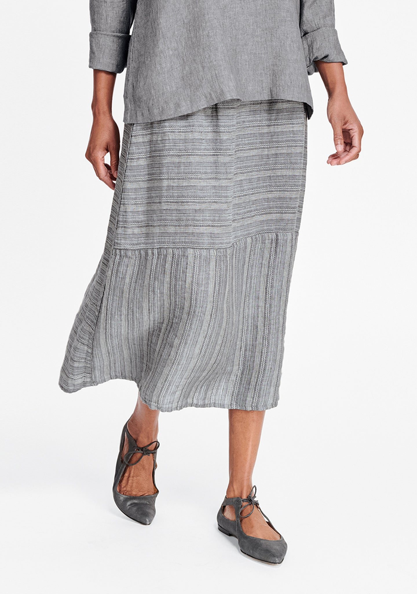 breezy skirt grey