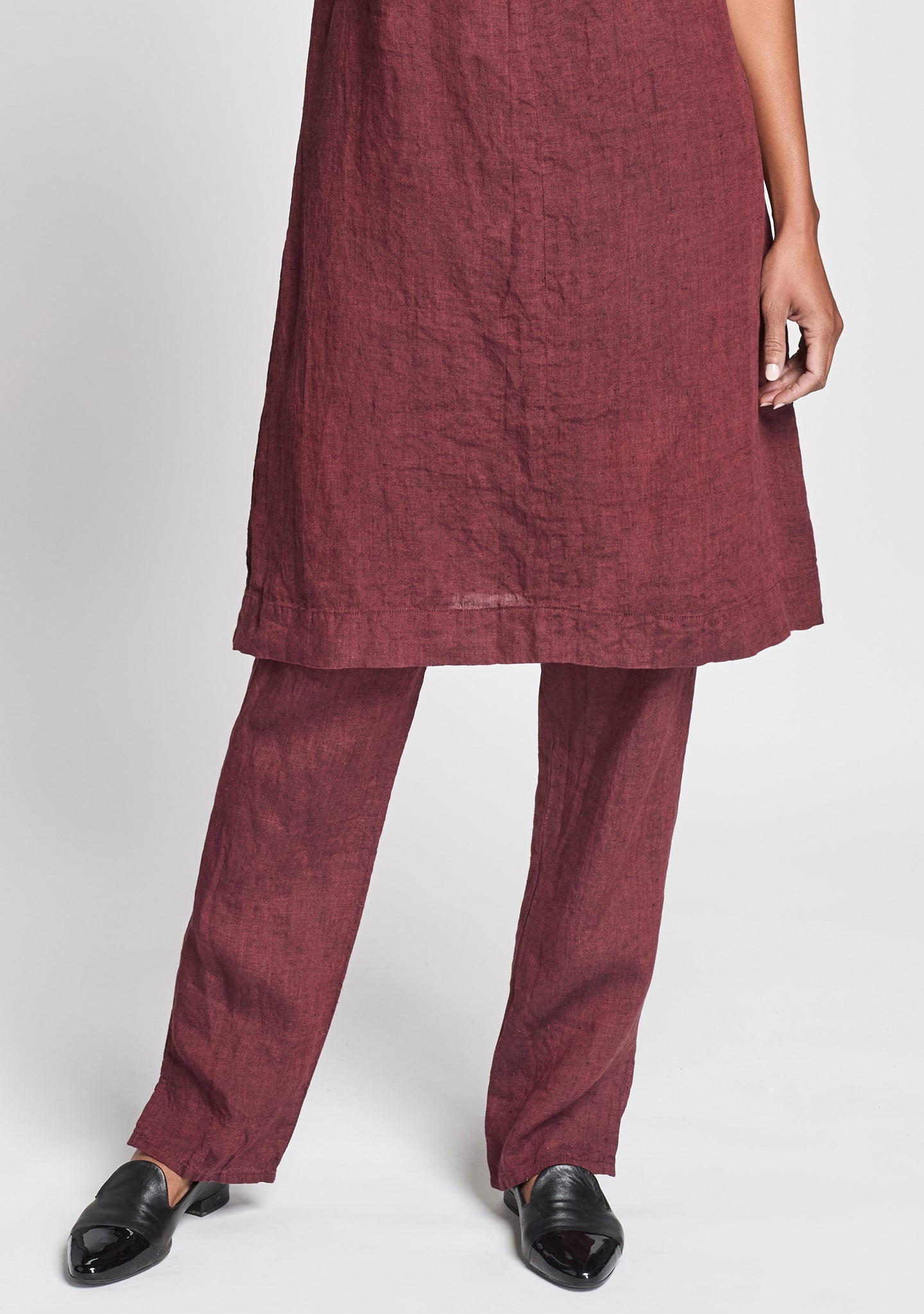 pocketed social pant linen pants with elastic waist red