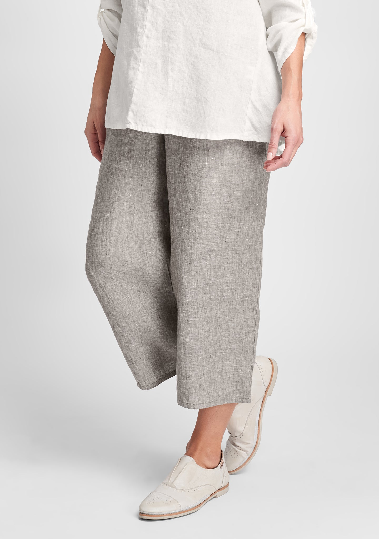 floods linen pants with elastic waist brown