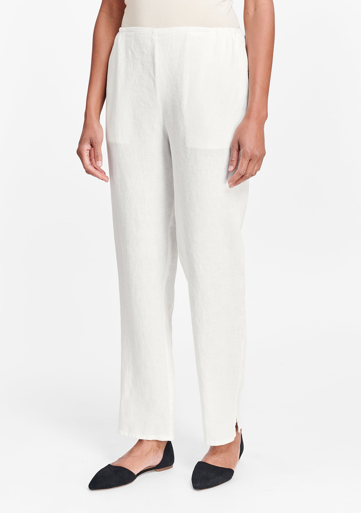 pocketed social pant white