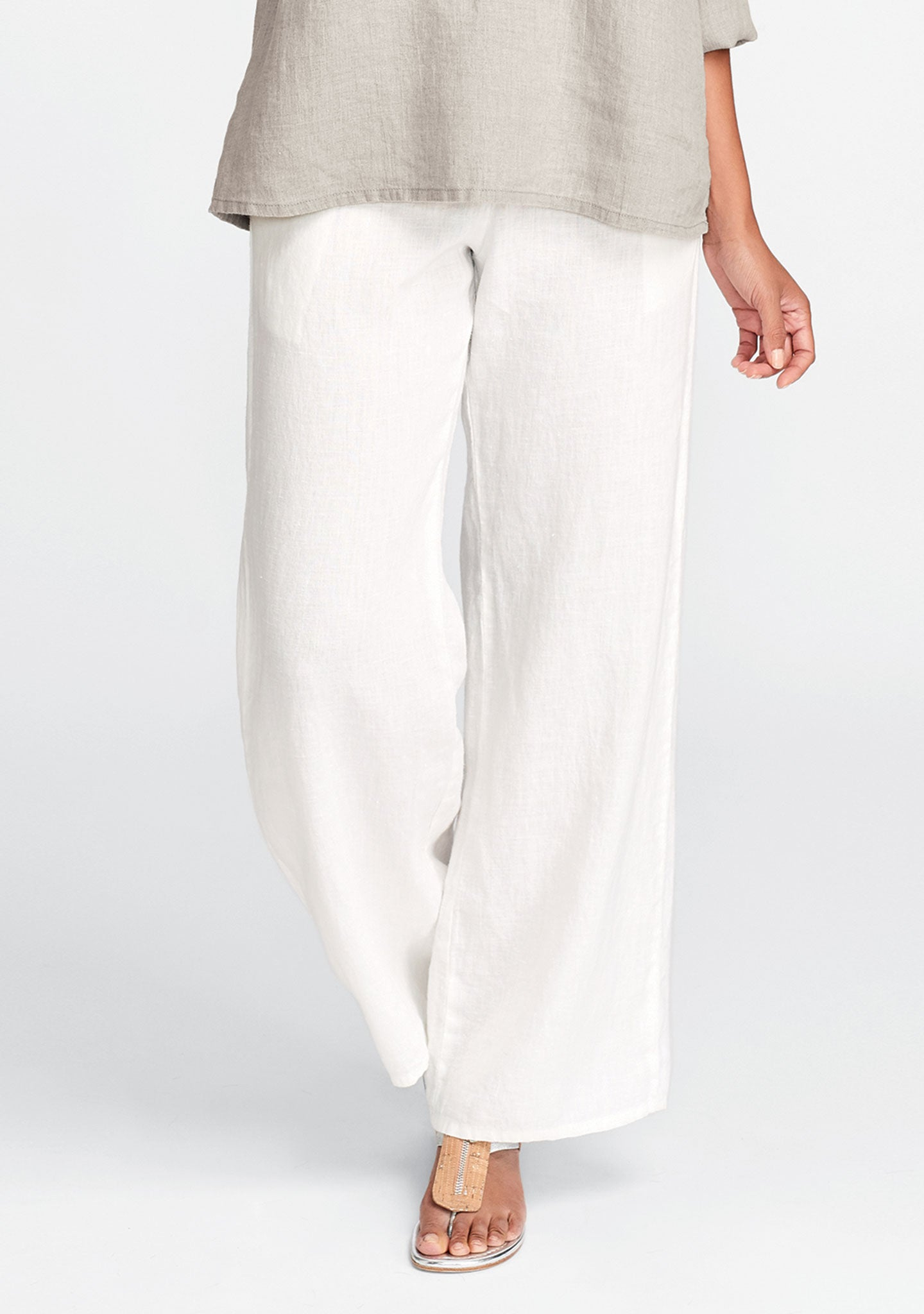 refreshed pant white