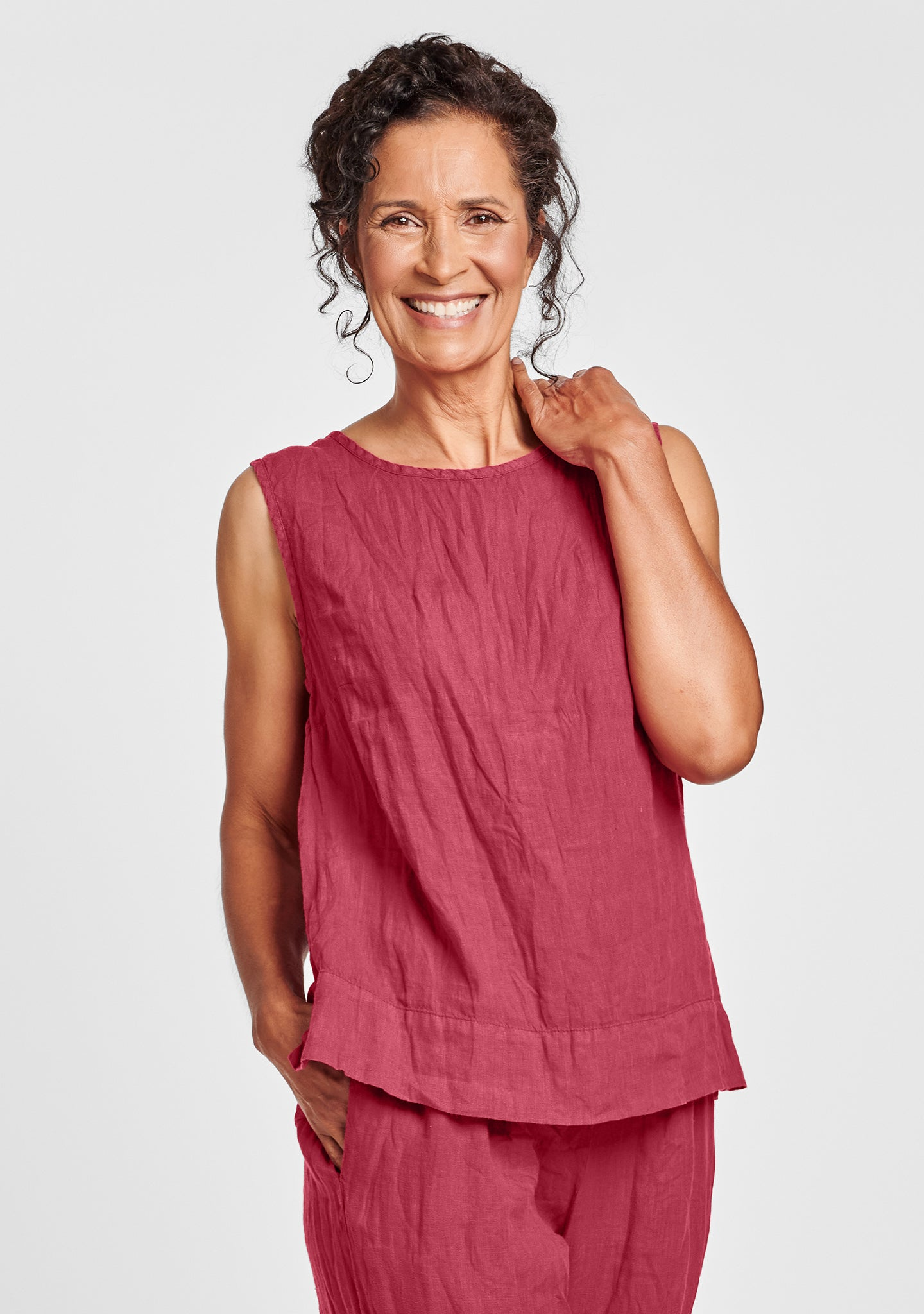 roadie top linen tank top red