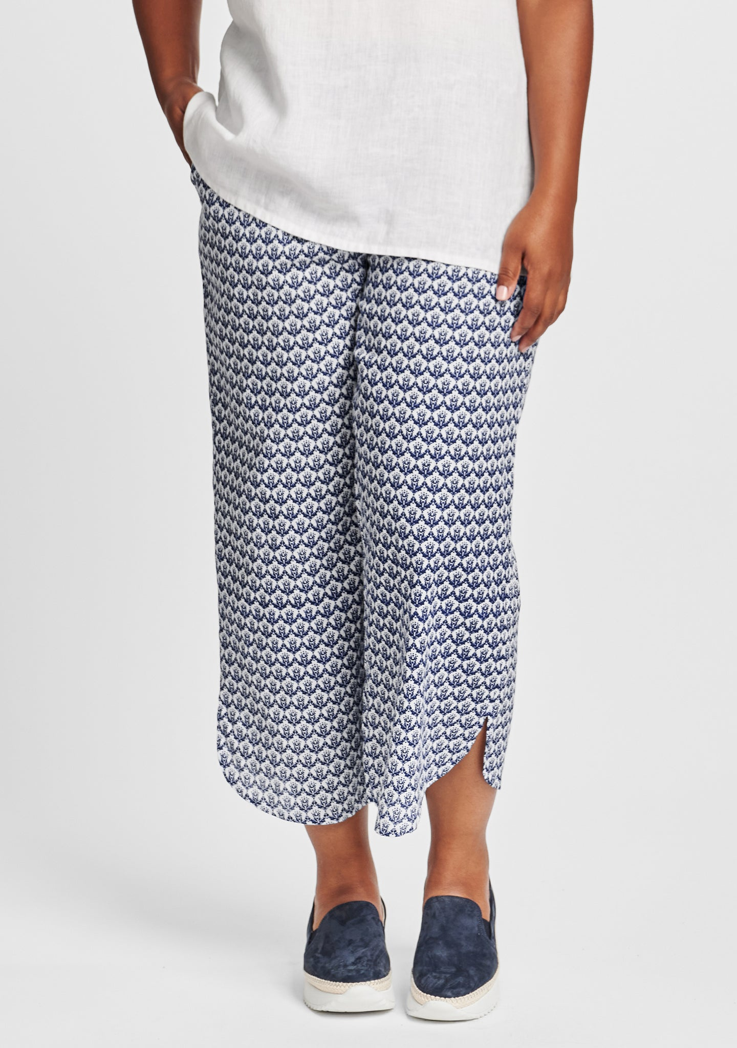 shirttail flood linen pants with elastic waist blue
