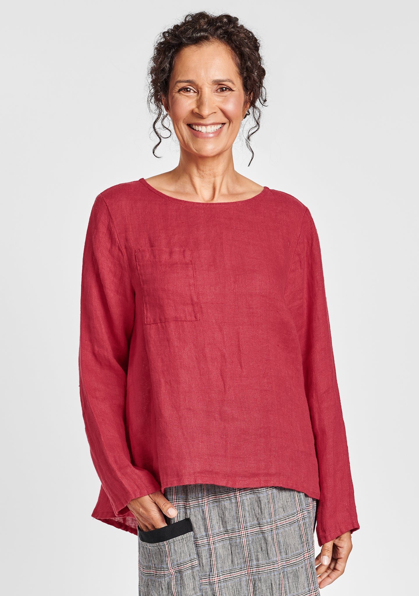 tell tail top linen shirt red