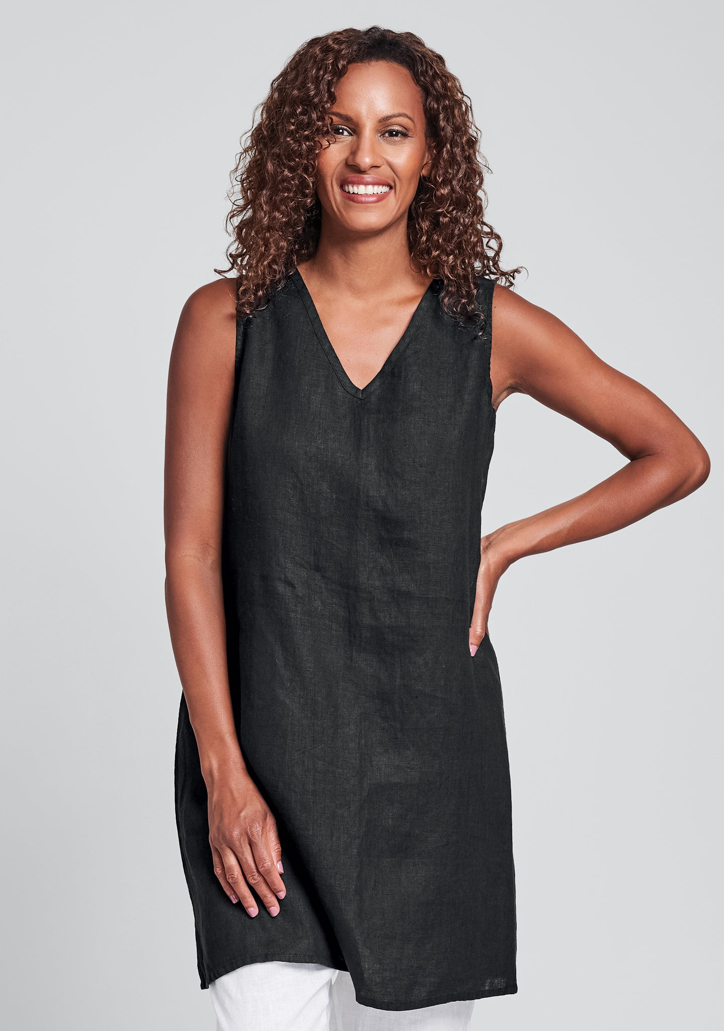 v-neck tunic linen tank top black