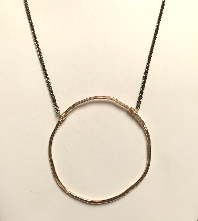 Hurst Circle Necklace
