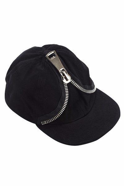 ZIPPER HAT