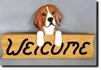 Beagle Dog Wood Welcome Sign