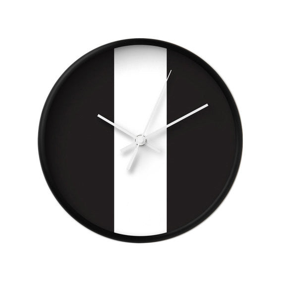 Black and white wall clock - Latte Design  - 1