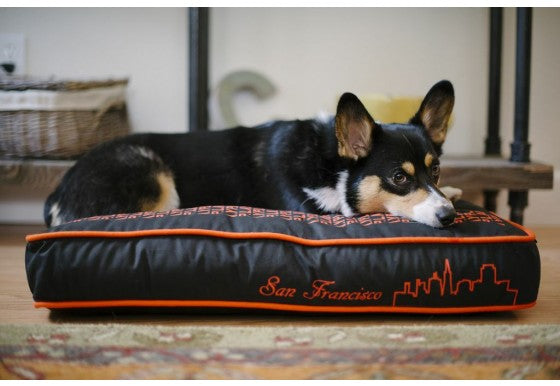 SFYLINE DOG BED - IVORY BLACK/GIANTS ORANGE, Beds - Bones Bizzness