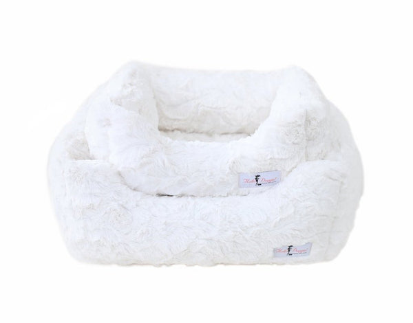 BELLA DOG BED - VINTAGE CREAM