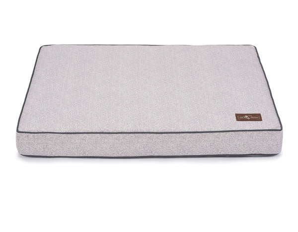 HERRINGBONE HORIZON MEMORY FOAM PILLOW DOG BED