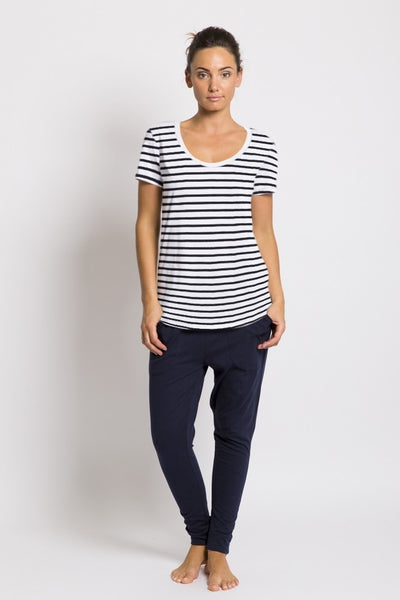BASIC TEE, ORGANIC THIN BLACK STRIPE