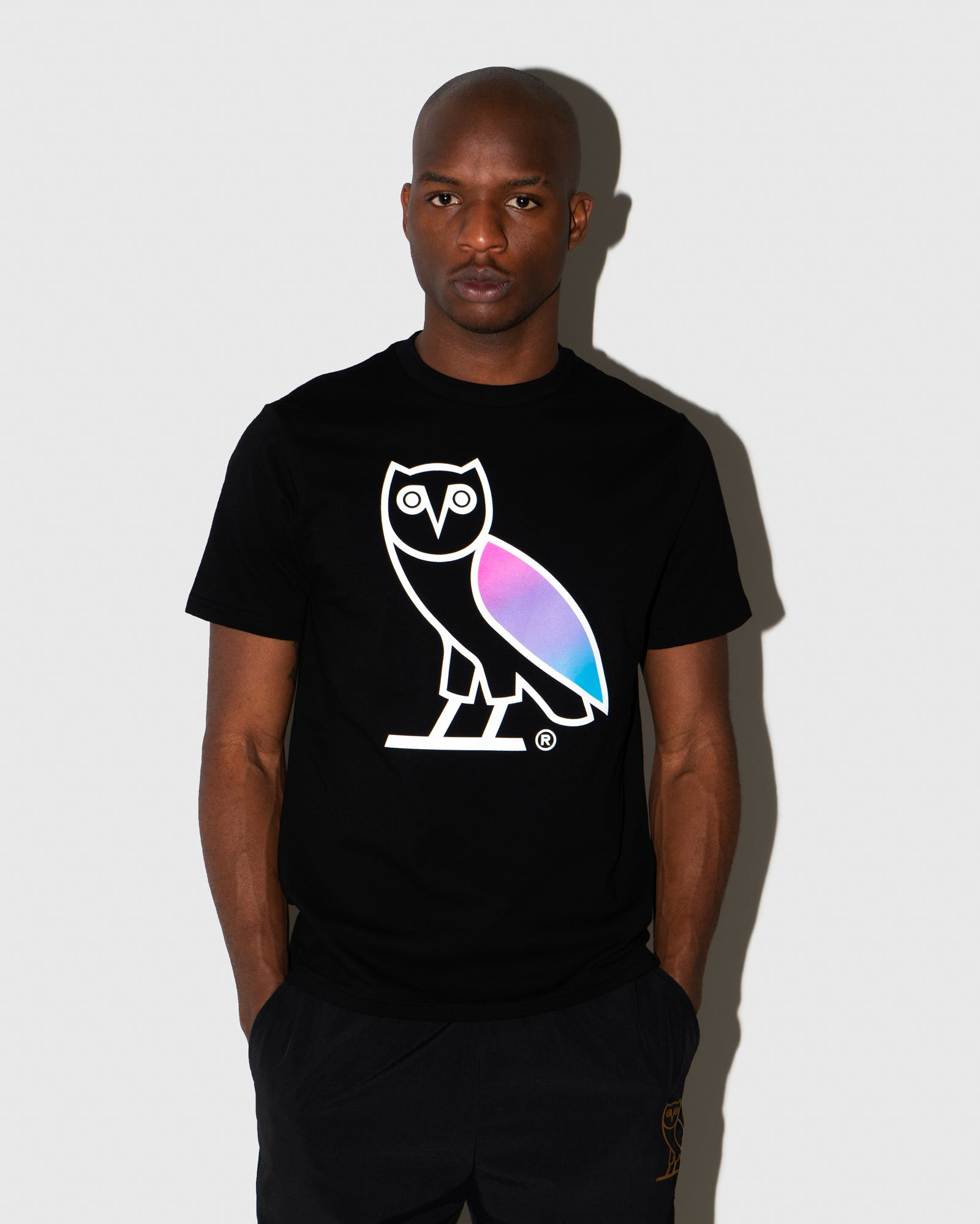 GRADIENT OVO OWL T-SHIRT - BLACK