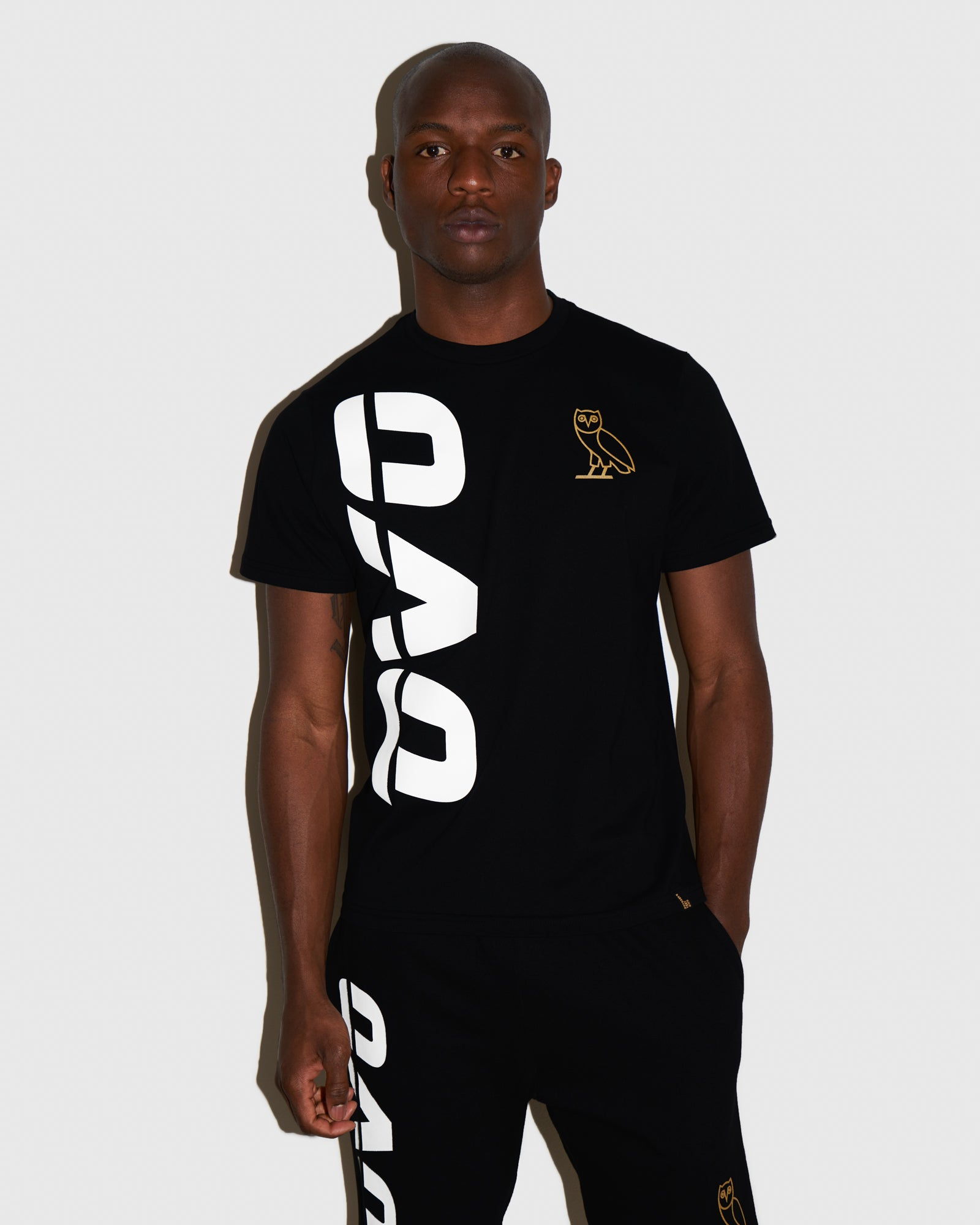 OVO RUNNER T-SHIRT - BLACK IMAGE #2