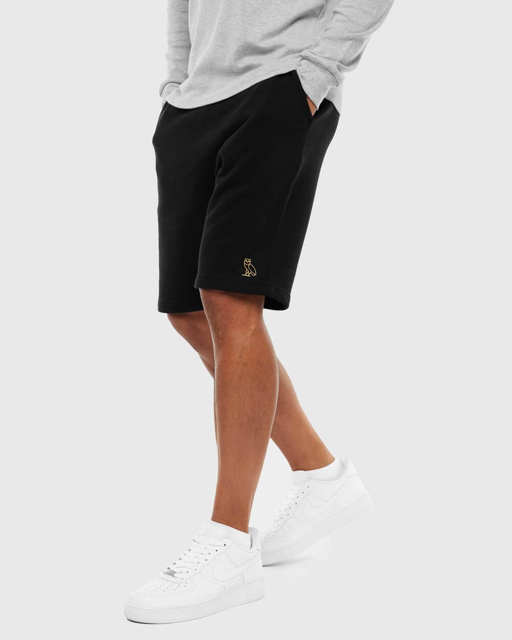 OVO ESSENTIALS SHORT - BLACK