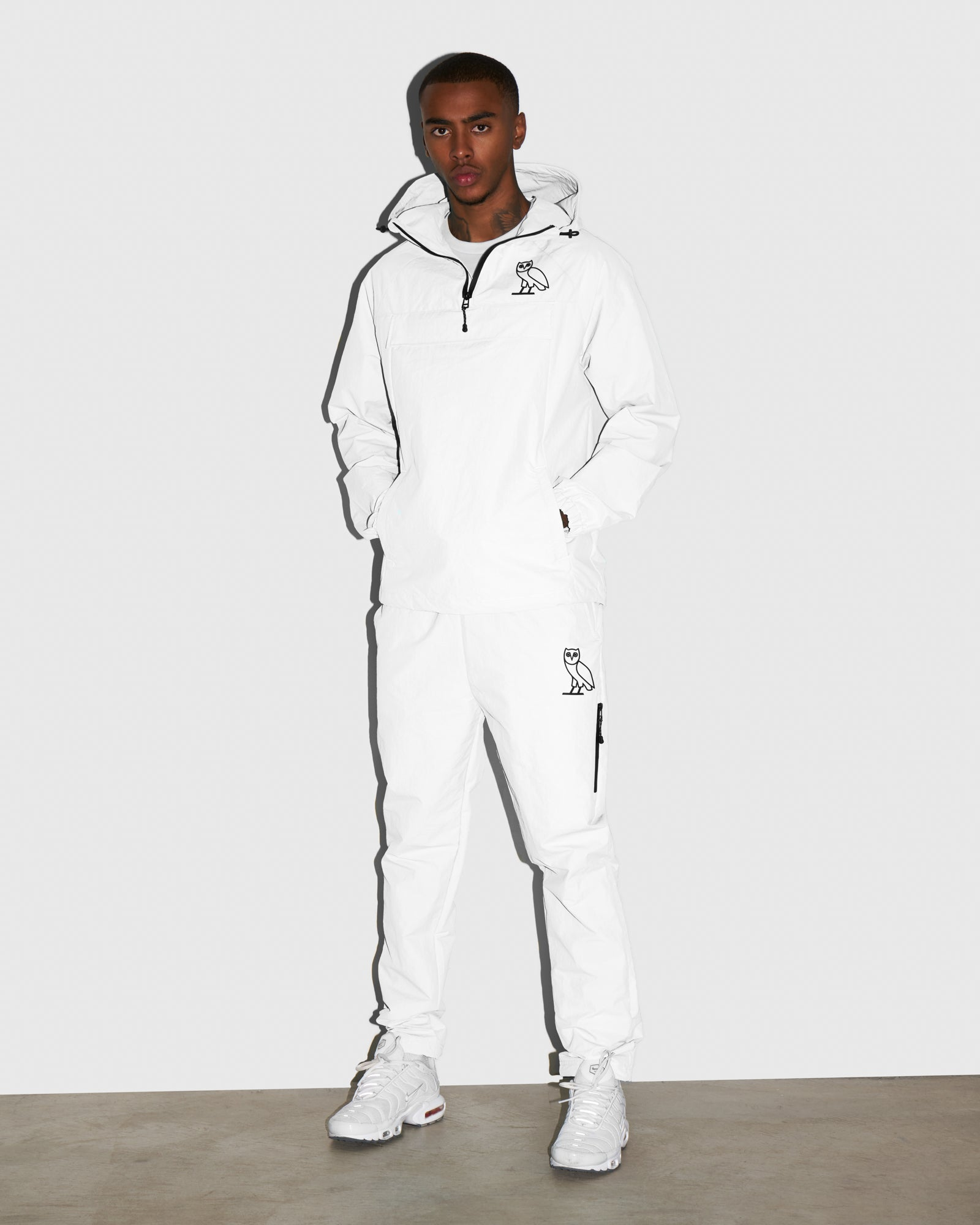 TASLAN ZIP POCKET PANT - WHITE IMAGE #2