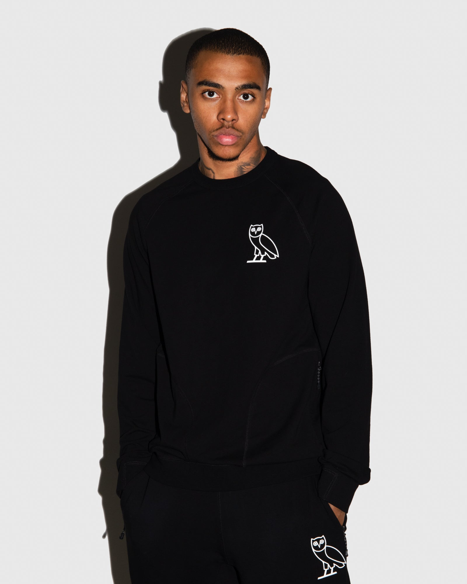 OVO LIGHTWEIGHT FRENCH TERRY CREWNECK - BLACK IMAGE #2