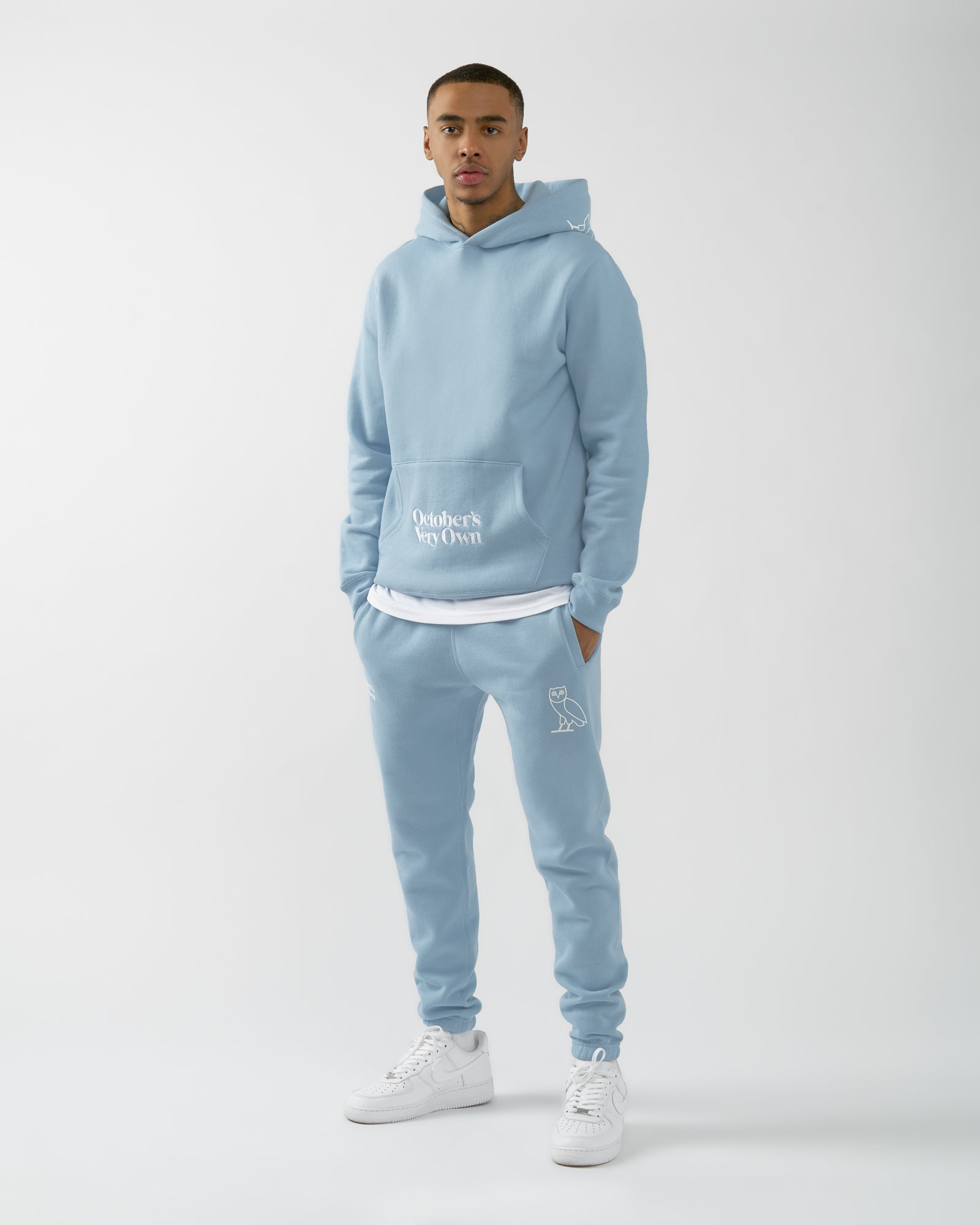 FAMILIA EMBROIDERED POCKET HOODIE - SKY BLUE IMAGE #2