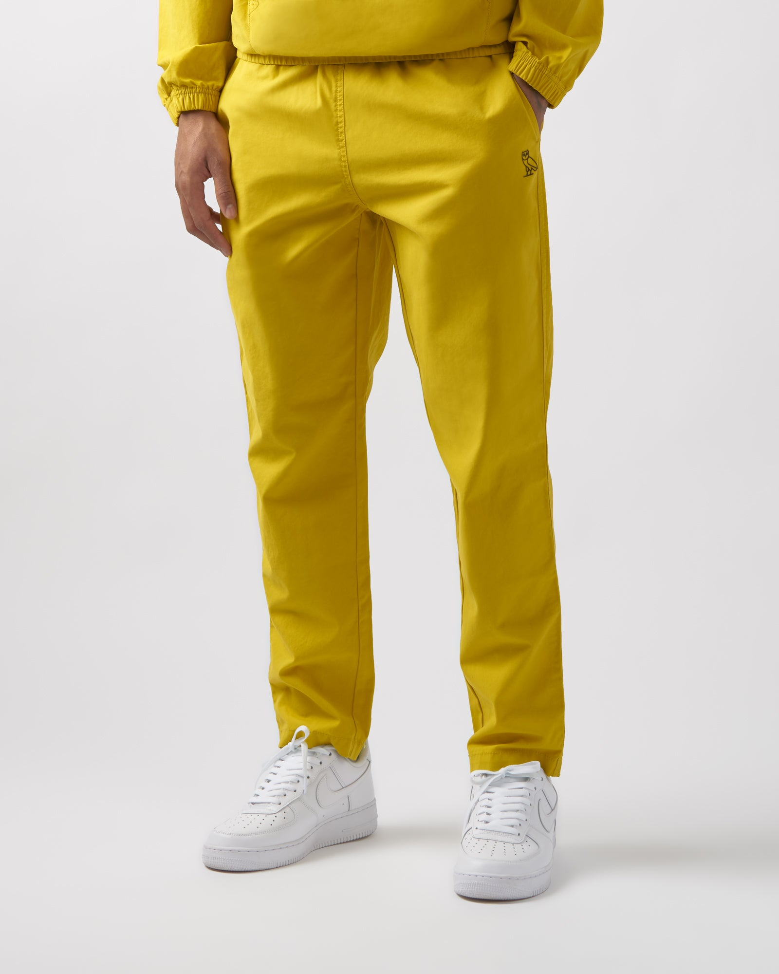 LIGHTWEIGHT WOVEN PANT - YELLOW IMAGE #2