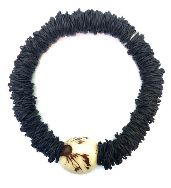Delight London Necklace - Mono Black