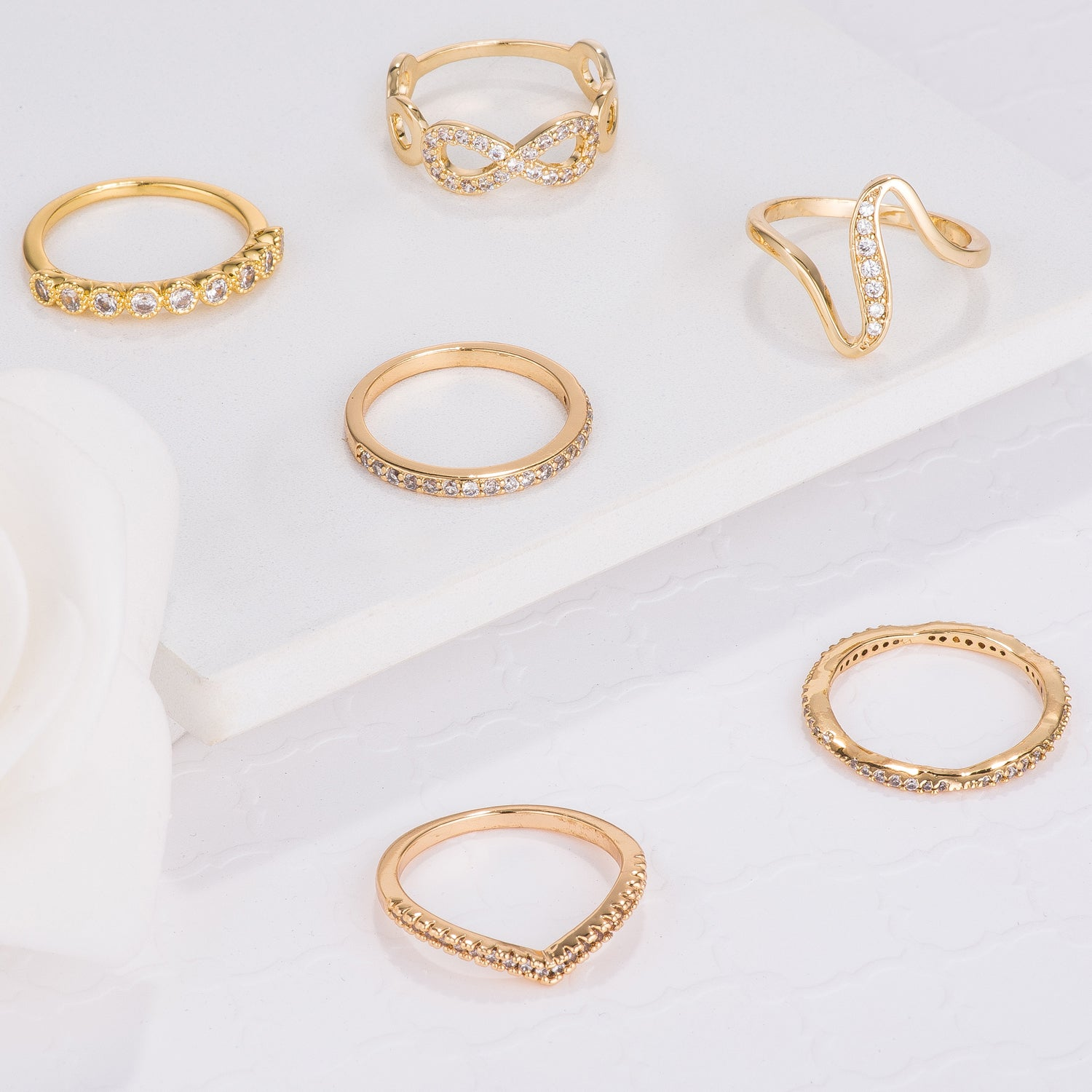 Trendy Gold Rings - BaubleBox