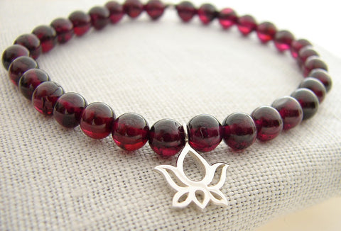 Lotus Bracelet | beaded yoga bracelet