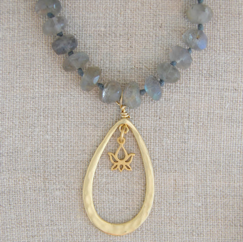 Lotus Labradorite Necklace | Dreamers Awakening - Pranajewelry - 1