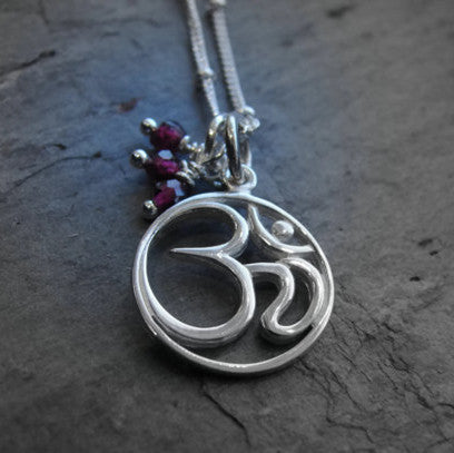 OM Necklace | Garnet Gemstones | Love Harmony | Yoga Jewelry - Pranajewelry