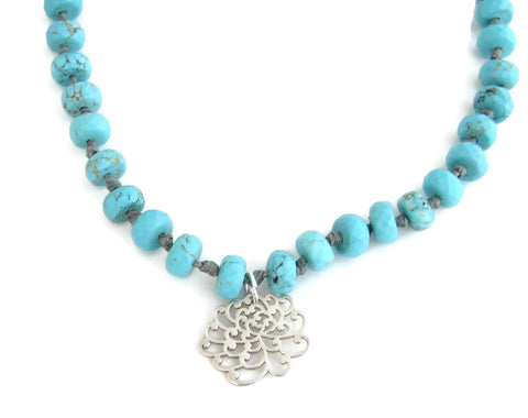 Turquoise Chrysanthemum Flower Necklace - Friendship Hope Truth - Pranajewelry - 1