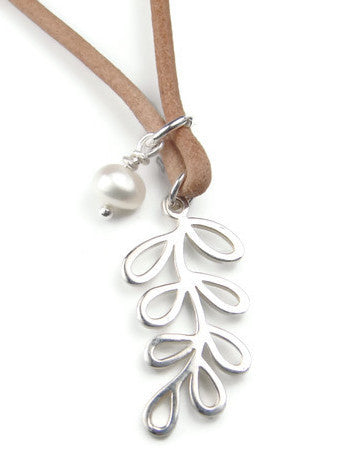 Leaves with Pearl Leather Necklace - Pranajewelry
