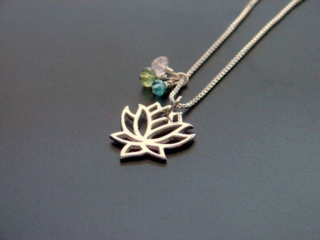 Lotus Necklace | Rose Quartz-Peridot-Aquamarine