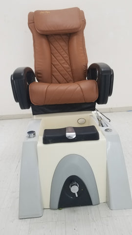 7. Instock LC L270+new leather+ new armrest+very good conditions