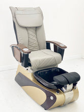Load image into Gallery viewer, NS6 Pedicure chairs - ONLY 1 LEFT - Please call or text us for shipping quote 704 490 3934