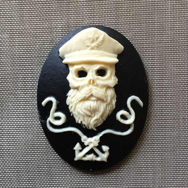 Skeleton Captain of the Ship Sailor Cameo - 40x30mm