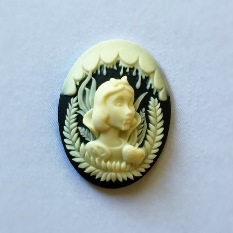Snow White Vampire cameo - 40x30mm - 1pc (TU Original Design)