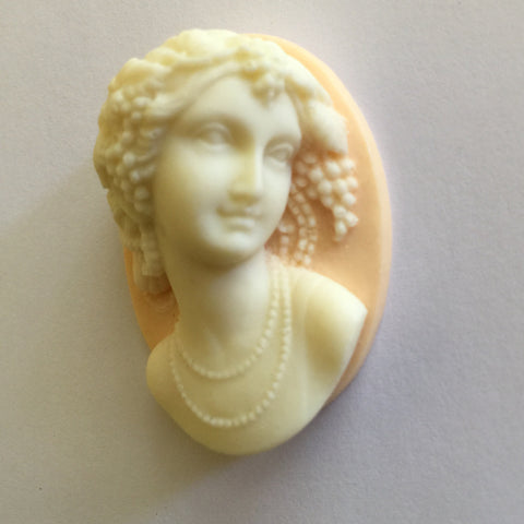 Victorian Lady Cameo - High Profile - 40x30mm - 1pc