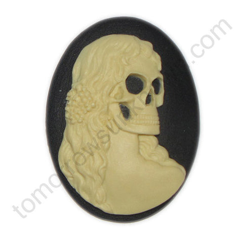 Lady McDeath Skeleton Bride cameo - 40x30mm - (TU Original Design)