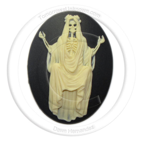 Santa Muerte Skeleton Lady in Gown cameo - 40x30mm - (TU Original Design)