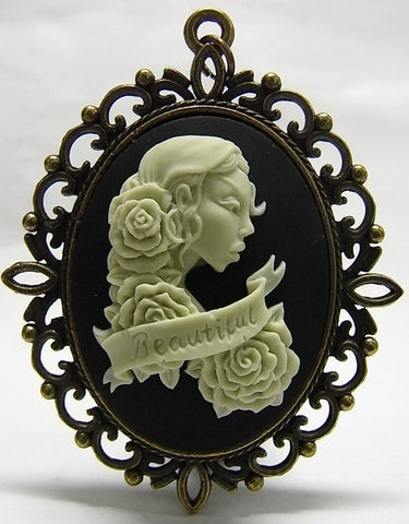 Beautiful Senorita with roses Cameo - 40x30mm