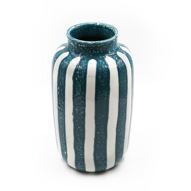 Designed by Maison Sarah Lavoine Riviera ceramic vases have soft ceramic curves, their stripes reminding the 50's French ceramics. Hand made, they have been glazed one by one by skilled ceramists, as a result each piece is unique.