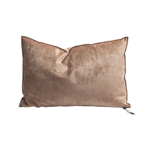 Sophisticated texture, subtle colours, Maison de Vacances Royal Velvet  cushions will surprise you with their unique, super soft texture and beautiful finish.