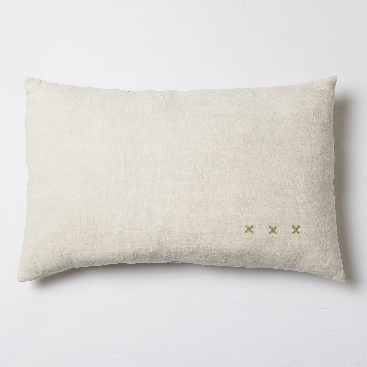 Vintage linen cushion collection by Florence Bouvier: the linen hand dyed to create beautiful and soft cushions. | colour:Beige